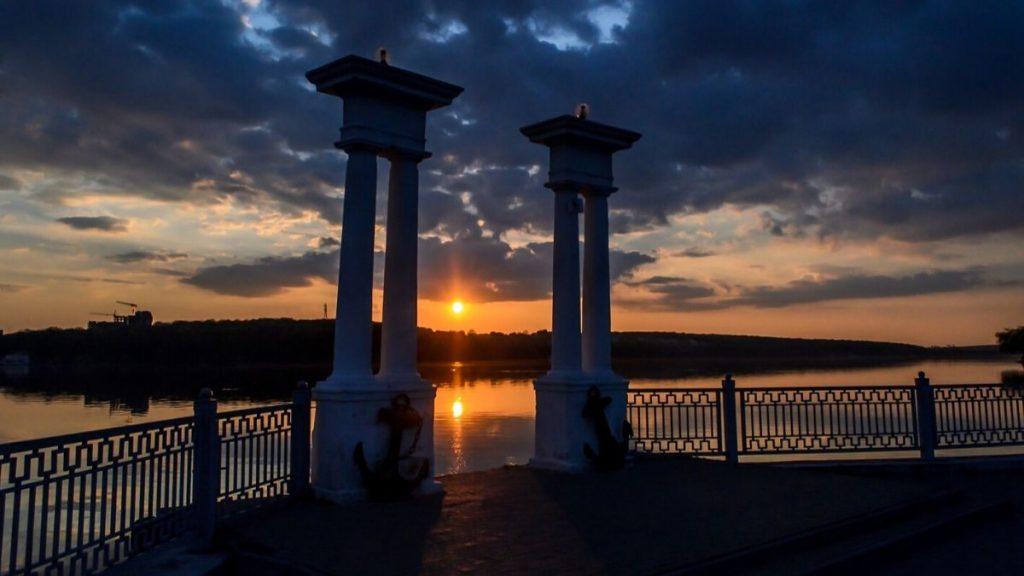 Тернопільське озеро, пристань, захід сонця