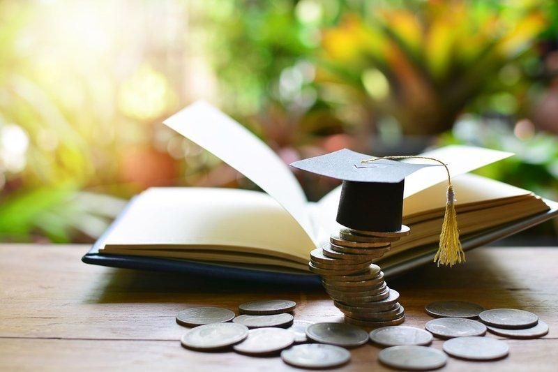 Кабмін підвищує стипендії: ми порахували, скільки тепер отримуватимуть  студенти - ФАЙНЕ МІСТО